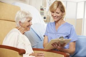 קסדה מגנטית לטיפול בחולי אלצהיימר